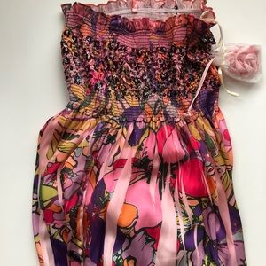 Dresses & Skirts - Colorful floral maxi dress. New with tags